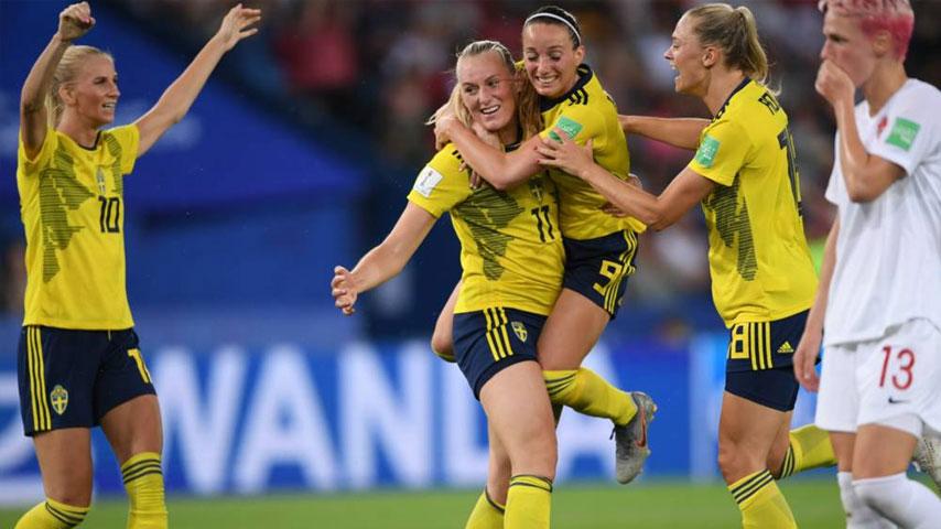 ฟุตบอลโลกหญิง : สวีเดน W VS แคนาดา W