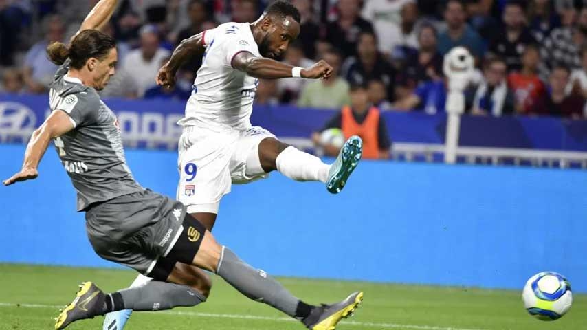 ลีก เอิง ฝรั่งเศส : โอลิมปิก ลียง VS อองเช่ร์